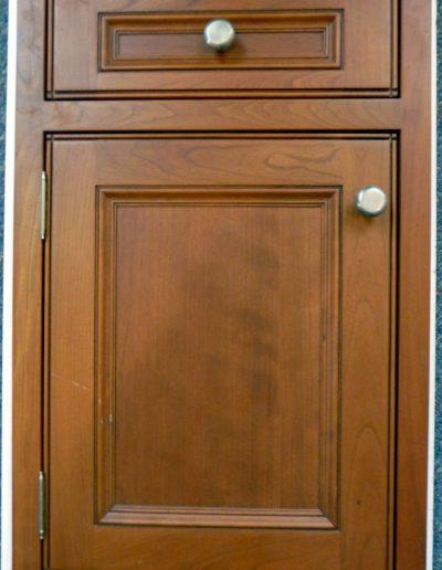 Trafalgar Bead on Door